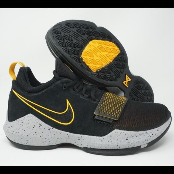 the latest 5d8d4 9a78c Nike PG 1 Paul George Basketball Shoe NWT